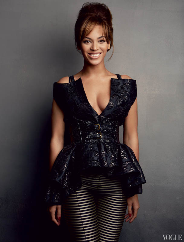 Beyonce-For-Vogue-March-2013-3