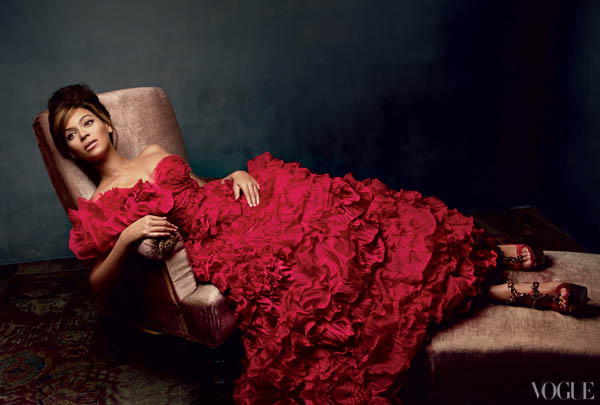 Snapshot-Beyonce-For-Vogue-March-2013