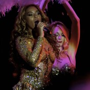 Beyonce-Julien-MacDonald-Mrs-Carter-Show-World-Tour-3