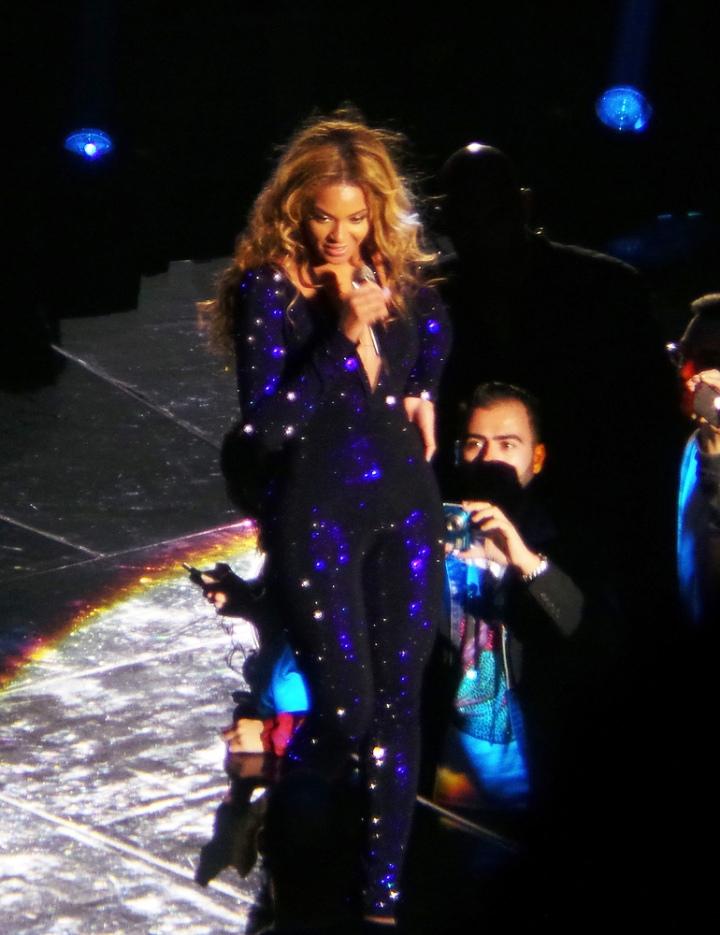 Beyonce-Mrs-Carter-Show-World-Tour--2