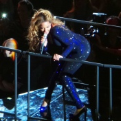 Beyonce-Mrs-Carter-Show-World-Tour-3